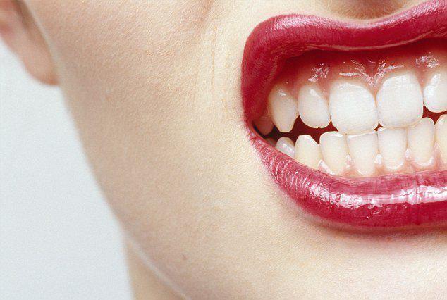 Стискивание зубов во сне причины