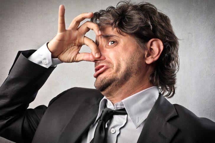 Запах алкоголя изо рта — как быстро избавится от неприятного запаха из рта