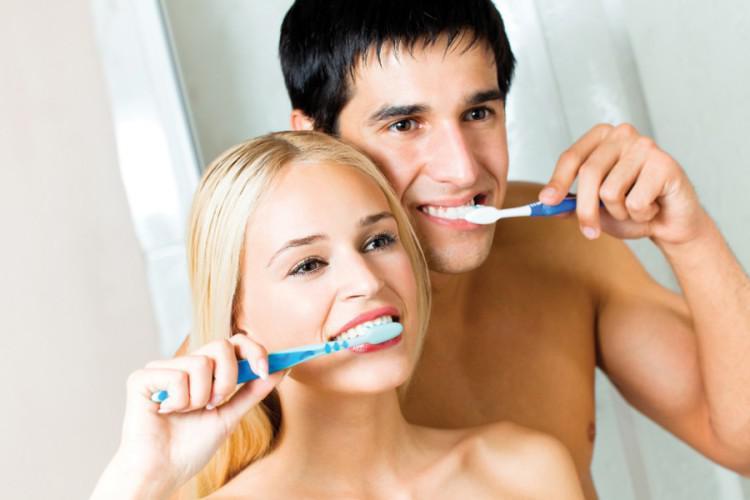 Позывы к рвоте при чистке зубов