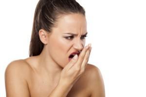 Привкус ацетона во рту: причины и способы избавления