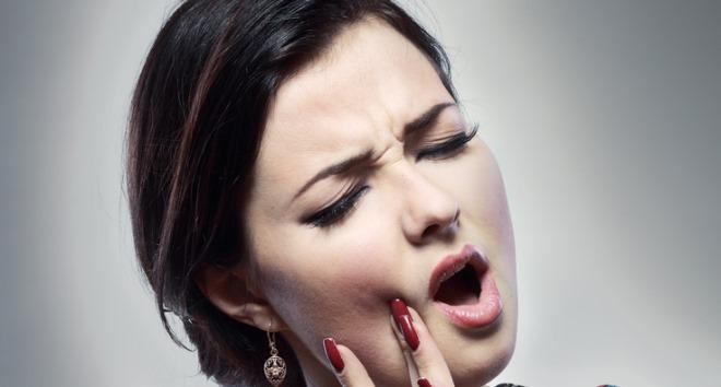 Болит зуб после пломбирования при накусывании причины последствия и методы лечения