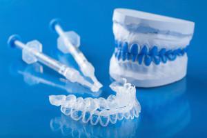 Отбеливание зубов в домашних условиях: выбираем самый лучший способ