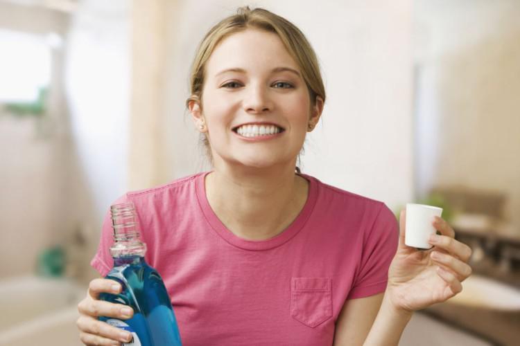 Антибактериальная жидкость для полоскания рта