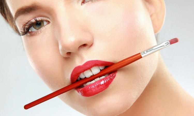 Реставрация кривых зубов методы