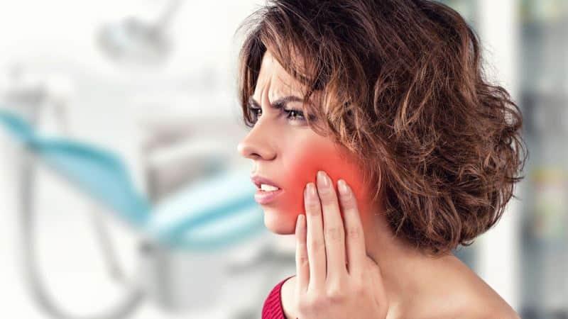 Что делать если застудил нерв зуба. Застудила зубной нерв: что делать, как лечить застуженный зуб в домашних условиях