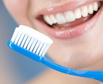 Какая отбеливающая зубная паста самая лучшая — рейтинг. Жми!